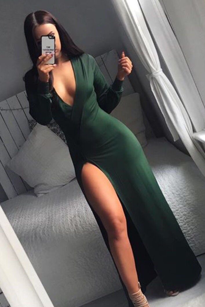 Emerald Sexy Plunging Neckline Long Sleeve Prom Dress With