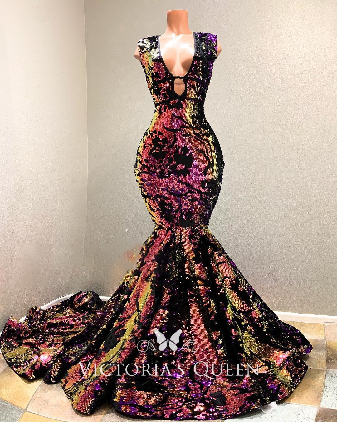 Amazing Galaxy Ombre Red Sequin On Black Mesh Mermaid