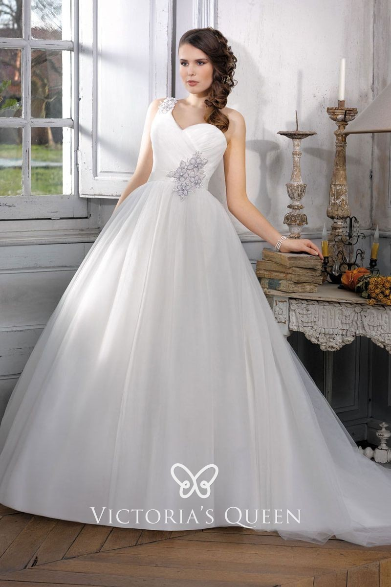 Appliqued White Tulle Overlay One Shoulder Bridal Gown Vq