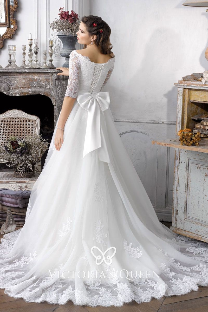 White Lace Half Sleeve Lace Up Bow Knot Wedding Gown
