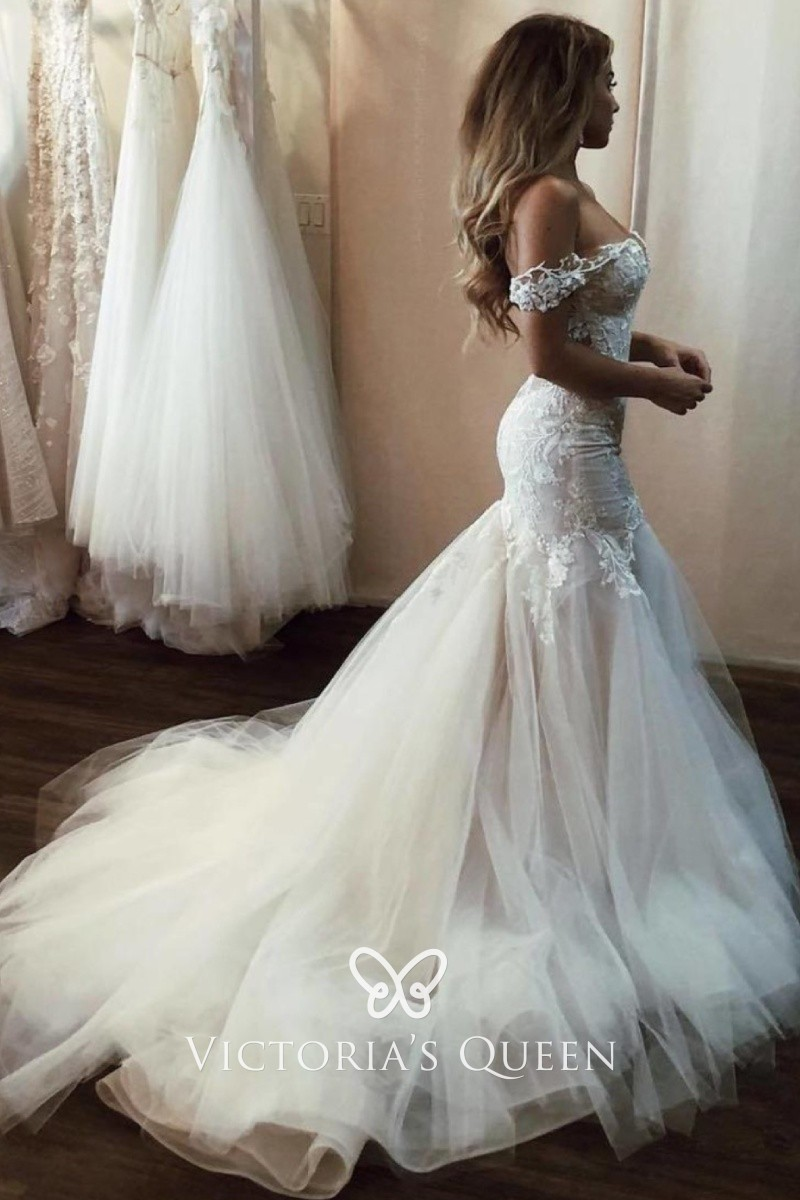 Lindadress Offers High Quality Ivory Organza V Neck Drop Waist A Line Wedding Dress With Lique Priced At Only Usd Aud 200 00 Free Shipping