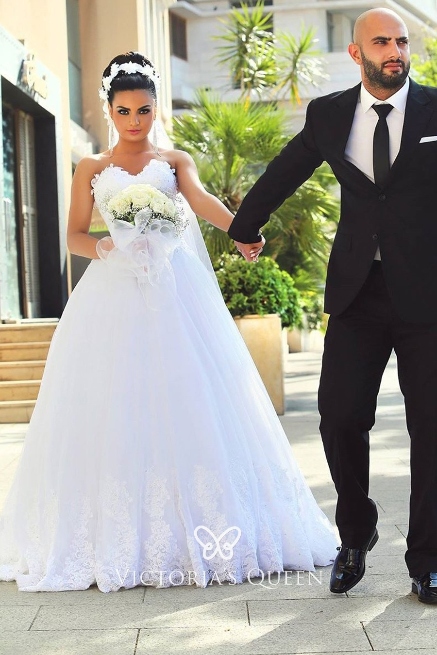 White Lace Strapless Sweetheart Ball Gown Wedding Dress Vq