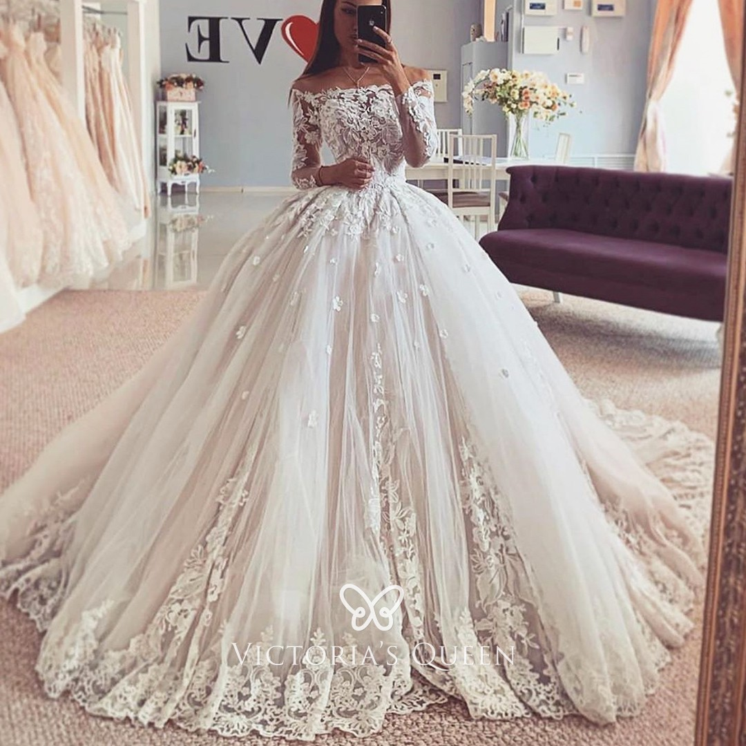 Off-shoulder Floral Lace Tulle Princess Wedding Gown