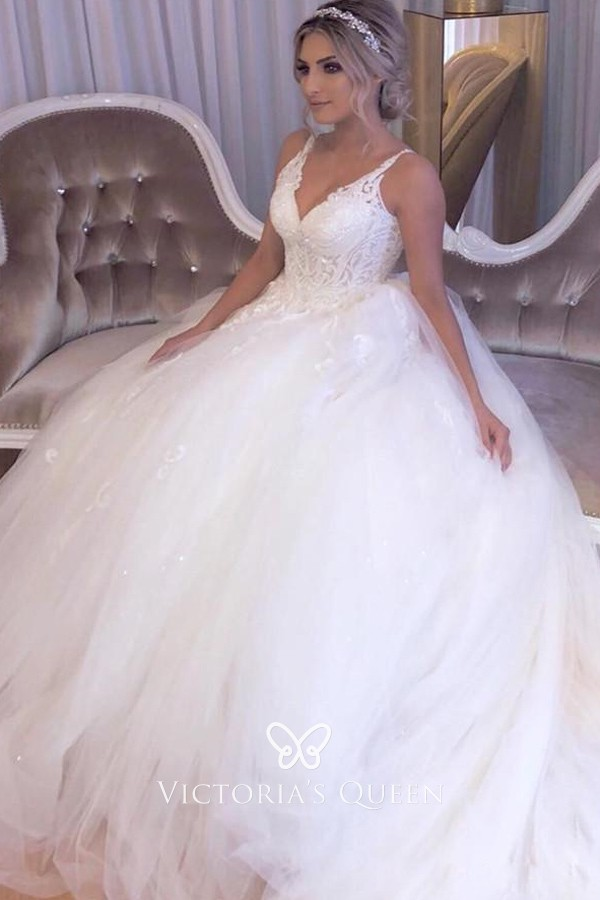 V Neck Lace Tulle Princess Ball Gown Wedding Dress Vq
