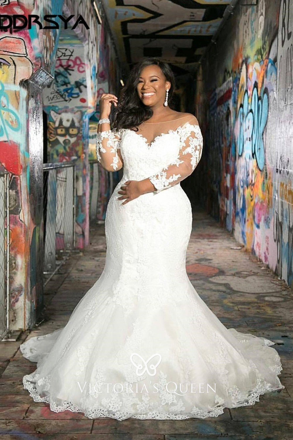 Illusion Sweetheart Sleeved Lace Plus Size Bridal Dress Vq