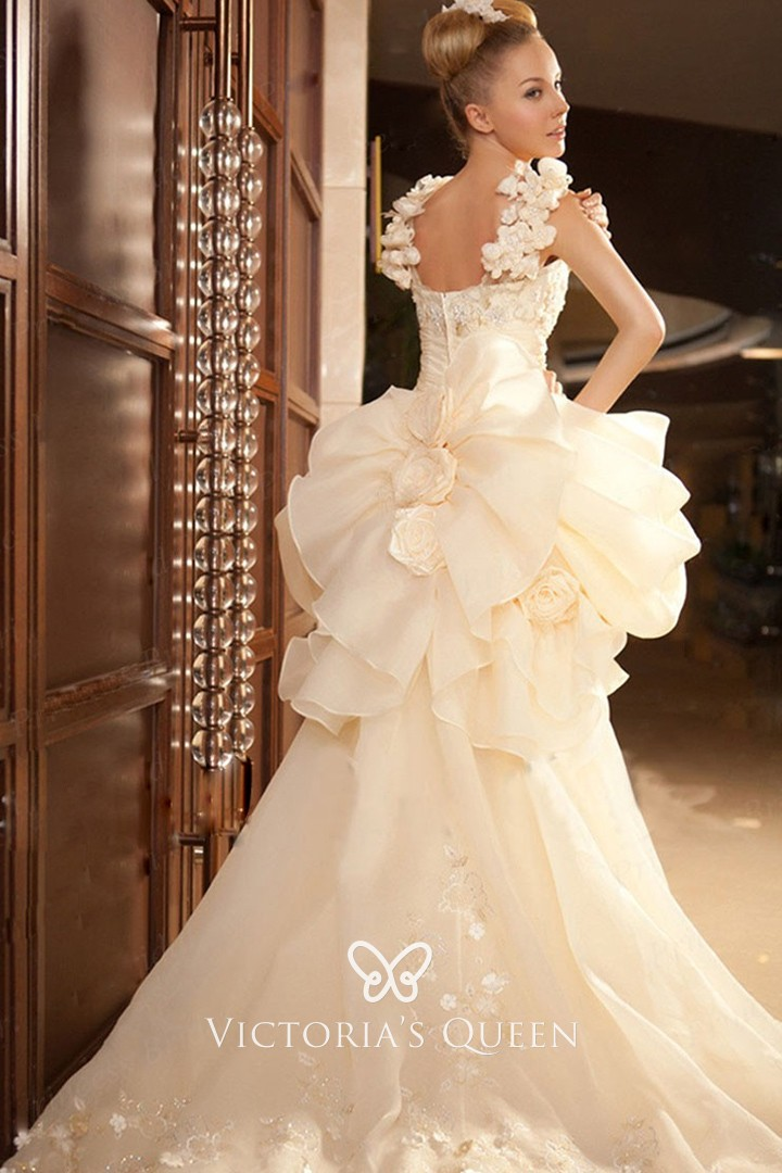Oversized Ruffled Flowers High Low Unique Wedding Dress Vq