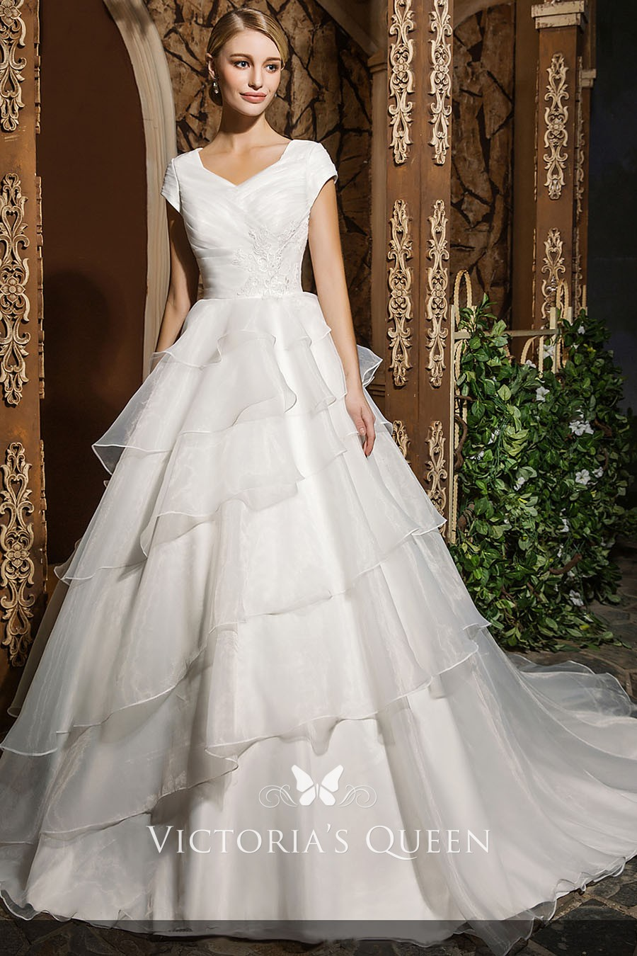 Tiered Organza Short Sleeves Princess Wedding Ball Gown Vq