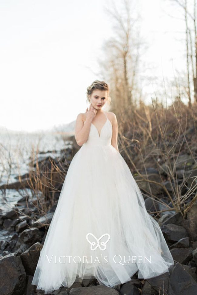 Spaghetti Straps Curved V Neck Tulle Wedding Ball Gown