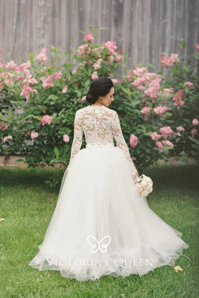 Vintage Ivory Lace And Tulle High Low Wedding Gown Vq