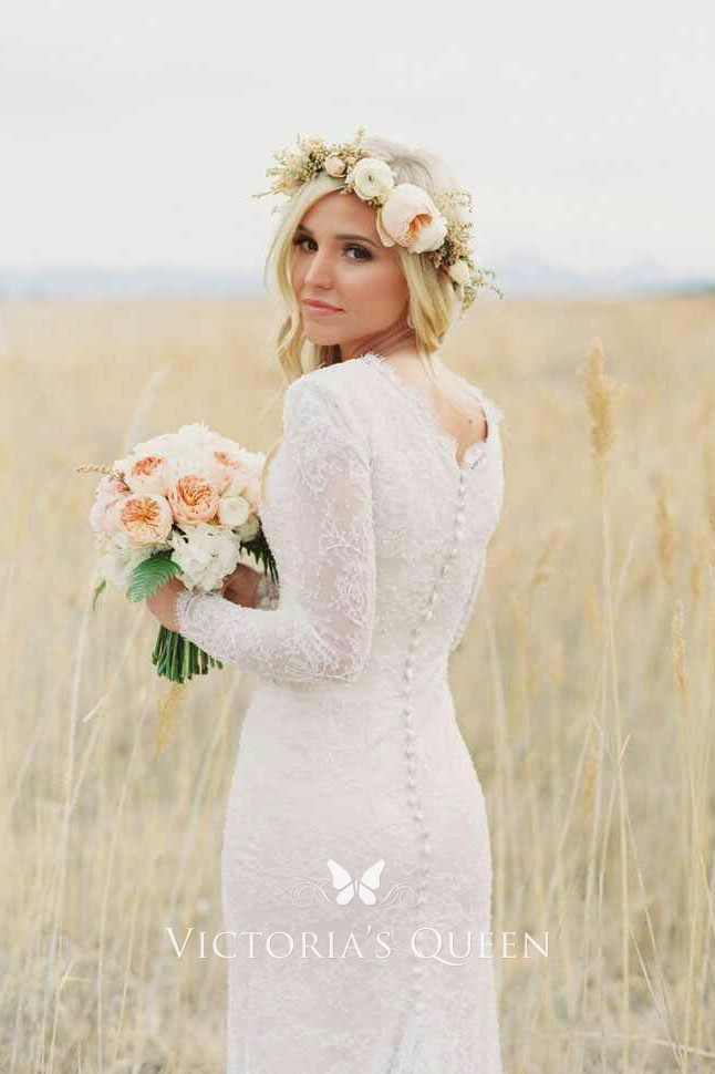 Vintage Lace Scalloped Neck Long Sleeve Sweep Train Fit Long Wedding