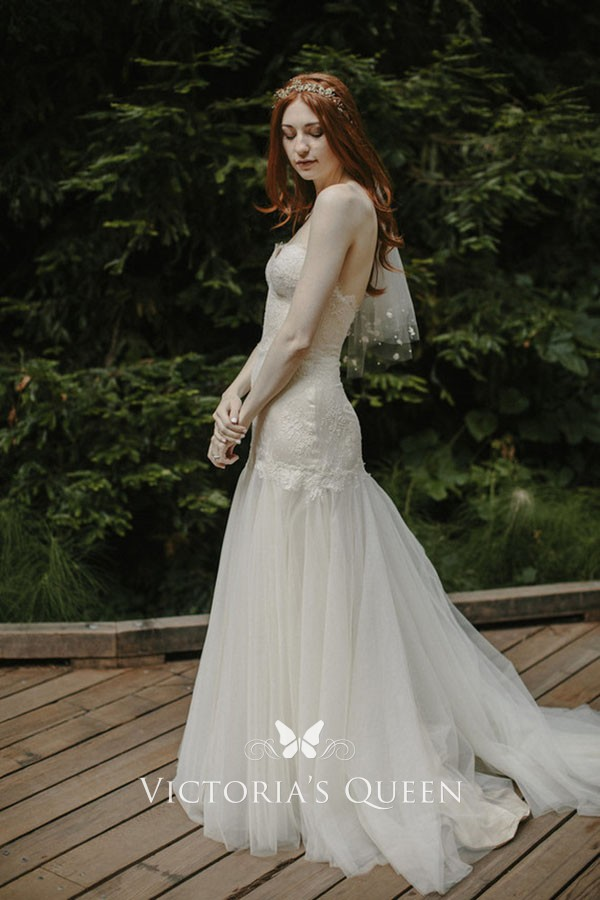 Romantic Ivory Lace And Tulle Mermaid Dropped Waist Strapless Sweetheart Wedding Dress