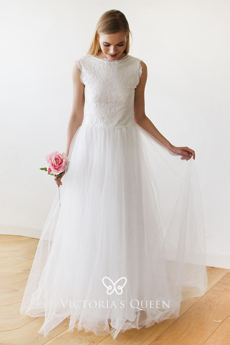 Vintage Inspired Bateau Neckline Sleeveless Scalloped Lace And Tulle