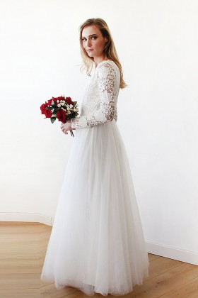 119455c842ca scalloped V neckline long sleeve vintage ivory lace and tulle wedding dress