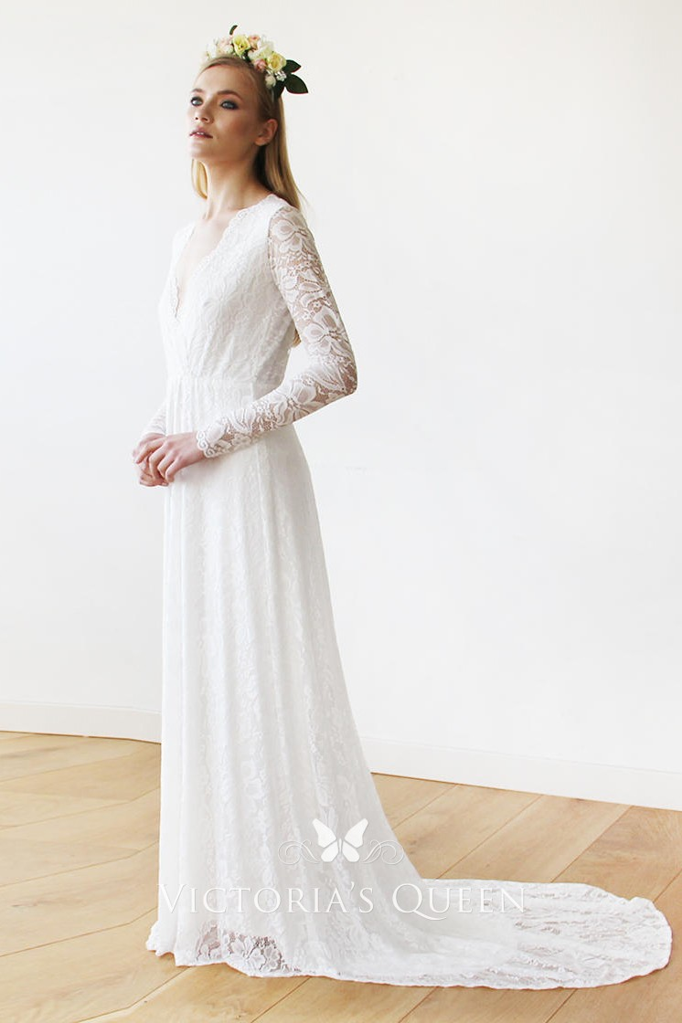 74e09942f505 white lace plunging scalloped V neckline long sleeve vintage bridal dress