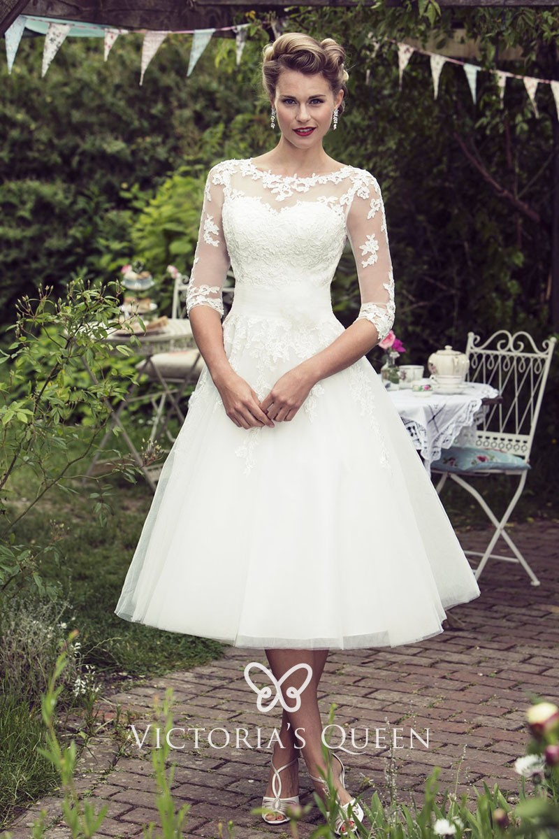 Ivory Lace and Tulle Tea Length Wedding Dress