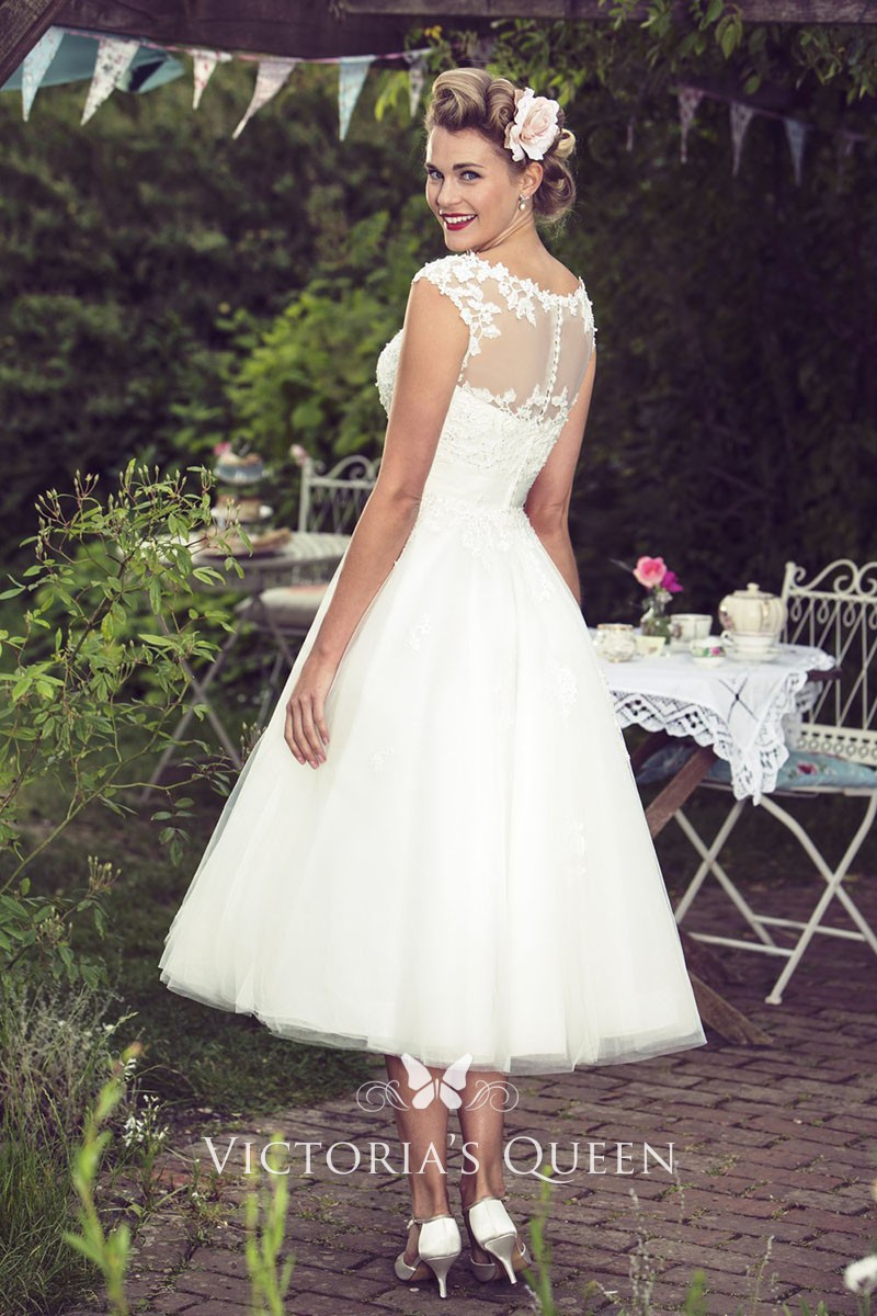 9757fb016870 Tea Length A-line Illusion Cap Sleeve Lace and Tulle Rustic Country ...