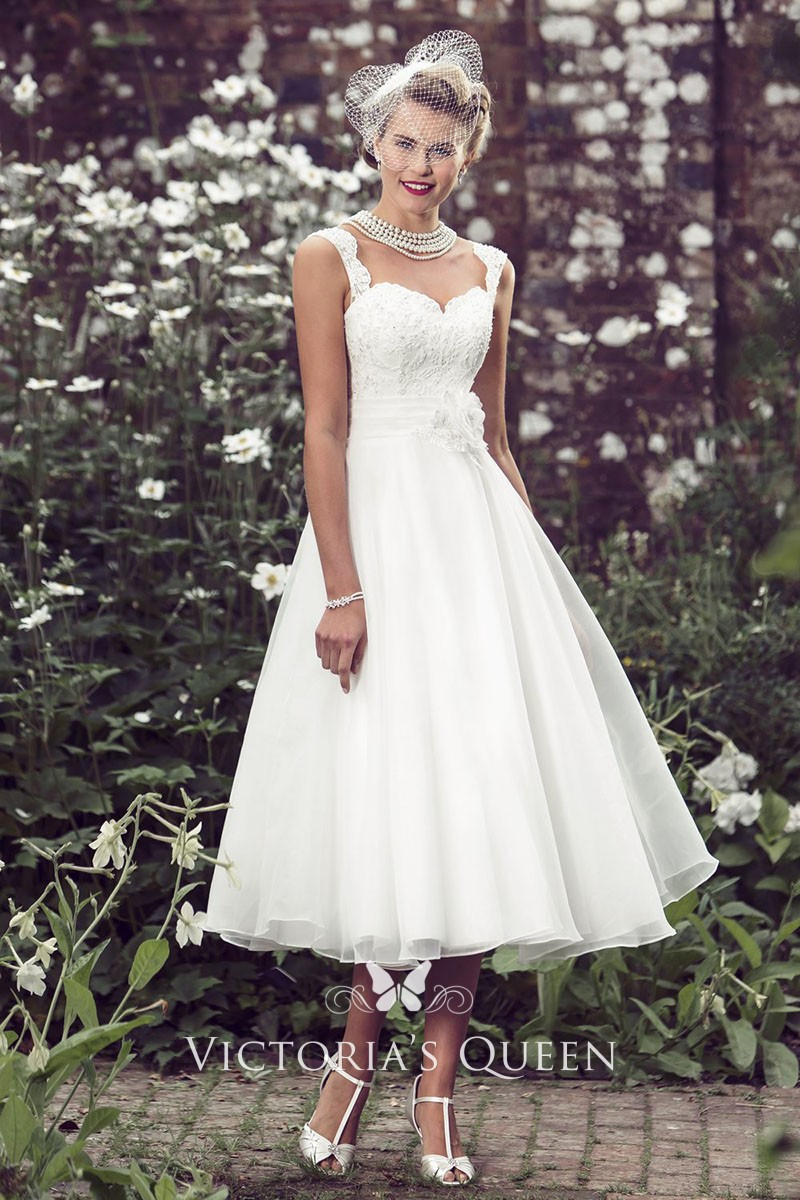 A Line Wedding Dresses.Vintage Ivory Lace And Tulle Sleeveless Tea Length A Line Wedding Dress