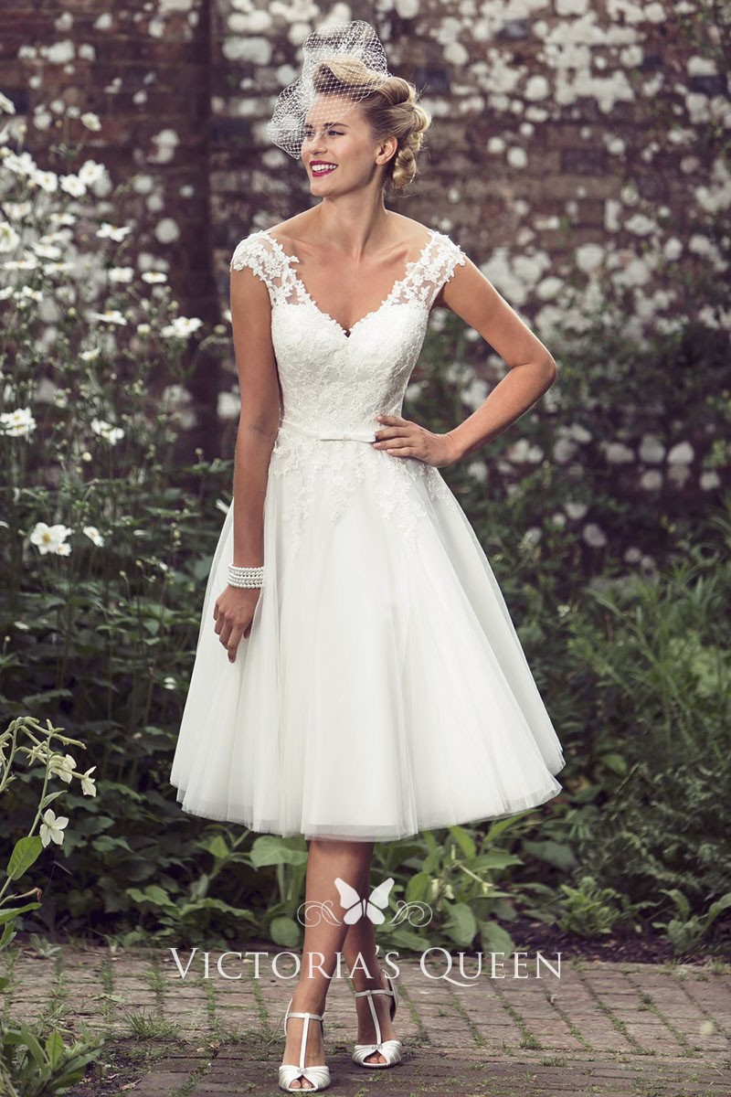 Ivory Lace And Tulle Knee Length Short Wedding Dress Vq,Simple Chic Modern Wedding Dresses